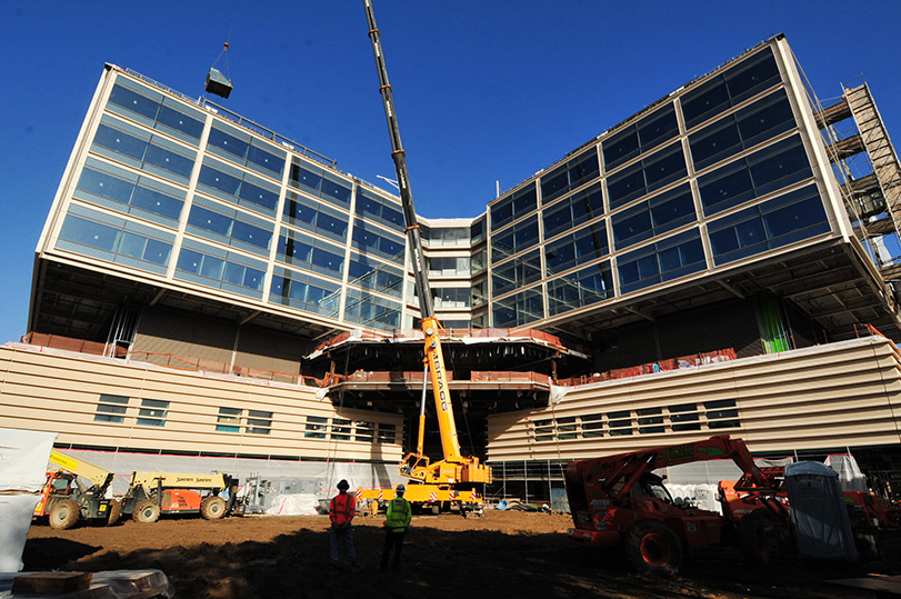 <span class='st_sharethis' st_title='NEW STANFORD HOSPITAL' st_url='http://www.sumcrenewal.org/photos_videos/new-stanford-hospital-240/' displayText='Share'></span> NEW STANFORD HOSPITAL <a href='http://www.sumcrenewal.org/photos_videos/new-stanford-hospital-240/'>Permalink</a><br/>