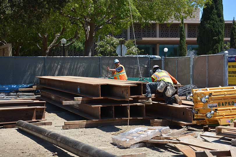 <span class='st_sharethis' st_title='NEW STANFORD HOSPITAL' st_url='http://www.sumcrenewal.org/photos_videos/new-stanford-hospital-140/' displayText='Share'></span> NEW STANFORD HOSPITAL <a href='http://www.sumcrenewal.org/photos_videos/new-stanford-hospital-140/'>Permalink</a><br/>